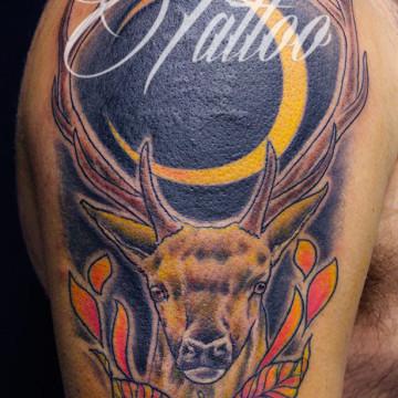 tatuaje-ciervo-comic-tattoo-freedi