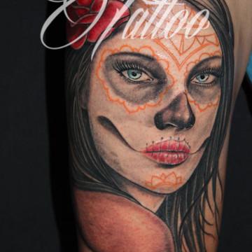 tatuaje-mujer-katrina-comic-tattoo-freedi